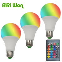 Venta al por mayor RGB lámpara de bulbo AC110V 220V 3W 5W 7W 9W 1Pcs E27 LED RGB Spot luz Magic Dimmable Magic vacaciones RGB iluminación + control de IR 16 colores