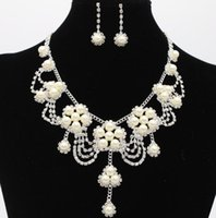 Wholesale High Quality Simulated Wedding Set - Simulated Pearl Bridal Jewelry Sets New Flower shaped Wedding Necklace Earrings Sets For Women High quality