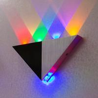 lámparas de pared espejo al por mayor-Lámpara de pared Triangle LED 5W Apliques Lámpara de retroiluminación Iluminación decorativa LED Lámpara de pasillo Lámpara de fondo LED Lámpara de techo LED de la sala KTV