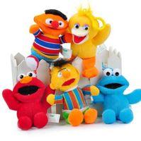 Wholesale Sesame Street Soft Plush - Sesame Street Elmo Stuffed Plush Dolls Toys Keychain Anime Cute Soft Plush Stuffed Toy Doll Keychain Pendant 14cm KKA3102