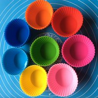 Wholesale Muffin Cases Free Shipping - Newest 7CM Silicone Cake Mold DIY Round Cake Baking Cups Nonstick Liner Bakeware Tools 8 Color Muffin Cases Free Shipping WX9-177