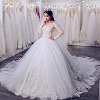 hochzeitskleid bescheidene kapelle ärmel großhandel-Vintage Lace Brautkleider Langarm viktorianischen Ballkleid mit V-Ausschnitt Kapelle Zug Plus Size bescheidenen Brautkleid
