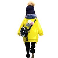 sudaderas con capucha amarillas para niños al por mayor-Al por mayor-Otoño Invierno Ropa para Niños Moda Chicas Hoodies Fluffy Ball Diseñado Amarillo Grueso Cálido Tops Niños Outwears