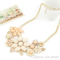 Wholesale Bright Bib Necklace - 2016 new fashionable bright flower necklace charm rhinestone necklace and pendant gift Chain Choker Bib Statement Necklace