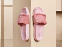 sandalias negras rosadas al por mayor-2017 puma RIHANNA LEADCAT FENTY Leadcat Fenty Rihanna Zapatos para Mujer Zapatillas Interior Sandals Girls Fashion Scuffs Rosa Negro Gris Pieles de piel Star SWith Zapatos de mujer
