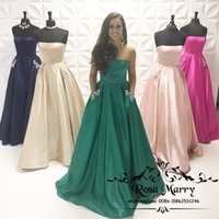 Wholesale Long Emerald Green Dress Cheap - Emerald Green Plus Size Bridesmaids Dresses with Pockets 2018 A Line Strapless Crystal Country Beach Maid of Honor Cheap Wedding Guest Gowns