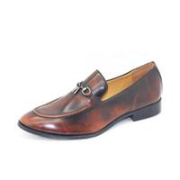 avrupa tarzı erkek ayakkabıları toptan satış-Yeni Erkekler Altın Retro Püskül Elbise Ayakkabı Avrupa Moda Stil Adam Deri Düğün Ayakkabıları Sosyal Sapato Erkek Oxfords Flats Ayakkabı