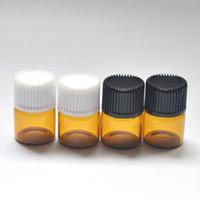 óleos essenciais frascos de amber amostra venda por atacado-Os tubos de vidro ambarinos da amostra do perfume da garrafa do óleo essencial de 1ml (1/4 de dram) cancelam a garrafa com tomada e os tampões