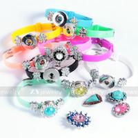 diy pulseras de plástico al por mayor-DIY Noosa Charm Bracelets Plastic Trendy Bracelet Fit 18mm Botones a presión Pulsera de plástico Brazalete de joyería intercambiable Color de mezcla E582L