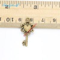 antike herz schlüssel anhänger großhandel-20 stücke Antique Silver Bronze Überzogene Herz Blume Schlüssel Charms Anhänger für Halskette Schmuck Handgemachte Fertigkeit DIY 26x12mm