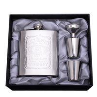 Wholesale High Grade Packaging oz Stainless Steel Hip Flasks With Funnel and Cups Portable Flagon Ounce Whisky Alcohol Wine Pot Gift Set