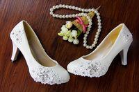 güzel beyaz bayan toptan satış-Güzel beyaz dantel kristaller ayakkabı düşük topuk ayakkabı inci gelin düğün bayan kadın ayakkabı