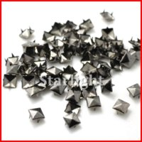 black pyramid studs rivet al por mayor-tachuelas y clavos! 8mm Pyramid Stud pistola Negro del punk rock DIY del remache para la ropa 1000pcs / lot M66464
