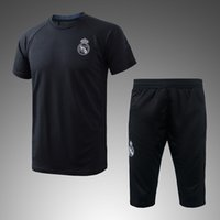 NUOVO TRINGING KITS outfits T-shirt 18 T-shirt 18 Real Madrid Home Away 3 ° Maglie Calcio 17 18 Ronaldo ASENSIO Calcio HOT FASHION