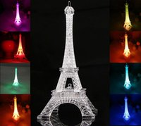 Incrível efeito 3D LED Night Light Torre Eiffel Mesa de mesa LED Nightlight Lamp 7 Cor Change Acrílico Press Lamp Gift Free DHL G1L