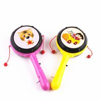 kunststoff-lichtstock spielzeug großhandel-Helles traditionelles Spielzeug der hellen grellen Karikaturkarikaturplastikgeklapperklapperrassel