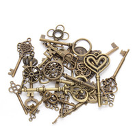 antike herz schlüssel anhänger großhandel-24 stücke Mix Styles Antique Bronze Überzogene Herzförmige Mini Key Charm Anhänger Fit Vintage DIY Halskette Zubehör Material F2631