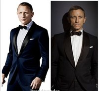 2016 James Bond Dark Blue Groom Tuxedos Jacket + Pant + Tie Mens Fashion Tux Tuxedos Boyfriend Blazer Bridegroom Habillement pour hommes Habillement