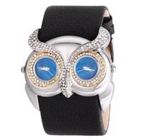 mujer búho reloj al por mayor-La más nueva moda Animal Novelty Owl Watch Wide Pu Leather Fashion Watch Dual Time Zone Vestido Reloj Mujeres Hombres Casual Relojes de pulsera