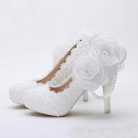 белые туфли для девочек оптовых-Белый Цветок Кружева Платформы Свадебные Туфли Красивые Женщины На Высоких Каблуках Ручной Работы Кружева Свадебное Платье Обувь Девушка День Рождения Насосы