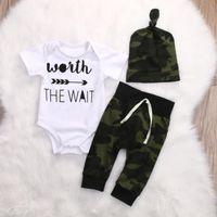 chapéus do exército dos meninos venda por atacado-Exército Verde Do Bebê Recém-nascido Da Menina Do Menino Roupas Romper T-Shirt Calças Compridas E Chapéu Outfits 3 Pcs Frete Grátis