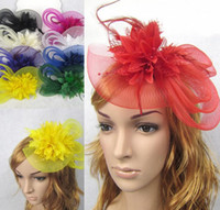 ingrosso fascinator-Stile europeo Velo Feather Accessori per capelli Donna Fascinator Cappello Cocktail Party Wedding Copricapo Corte Copricapo Lady HJIA362