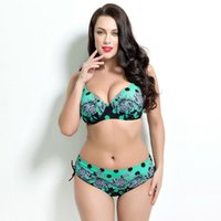 sexy boobs bikini achat en gros de-Beach Sexy Lady taille basse Polka Dot et Floral imprimé Big Boobs Triangle Two Pieces grande taille Bikini pour grosse femme