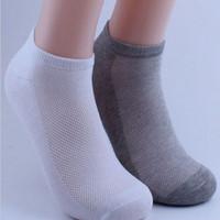 Wholesale Thin Socks For Men - Wholesale-1pair Men's Ankle Socks Soccer Summer Mesh Breathable Thin Boat Socks For Male Solid White Black Gray Colors 3d Men Sport Socks