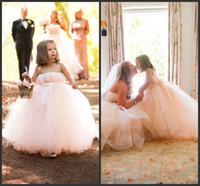 güzel fildişi çiçek kız elbiseleri toptan satış-Güzel Çiçek Kız Elbise Düğün İçin Parti Fildişi Tül Prenses Çocuk Cemaat Elbiseler Spagetti Bebek Pageant Törenlerinde