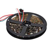 chip led direccionable al por mayor-5M / roll a todo color RGB direccionable 60LEDs / m ws2812b llevó la tira ws2812 píxeles chip de ws2811 luz 5050 SMD PCB negro no resistente al agua IP20 dc5v