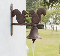 Wholesale wall hanging bell - 2 Pieces Rustic Cast Iron Squirrel Welcome Dinner Country Bell Rural Hanging Wall Mounted Bell Outdoor Yard Art Metal Decor Free shipping
