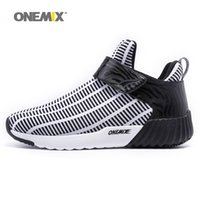ONEMIX Mens Winter Warm Shoes para hombres 2017 High Top Sports Outdoor Running Shoes Hombre negro ocio Zebra Athletic Trainers Walking Sneakers