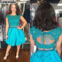 Perlen verziert zweiteilige Spitze Junioren Heimkehr Kleid kurze A-Linie Taft Rock Open-Back Sexy 2 Stück Lace-up roten Teppich Pageant Kleid Lewande 50555