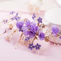 ingrosso viola fioritura vitigni-Beijia Romantic Purple Flower Pettine da sposa Capelli Vine Perle da sposa Gioielli per capelli Combs Handmade Copricapo da donna