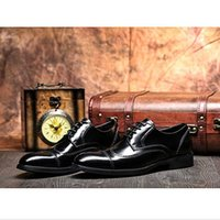Wholesale Authentic Wedding Shoe - Authentic cowhide wingtip shoes sell like hot cakes in 2016, the new men's fashion business shoes lace-up dress men's wedding shoes