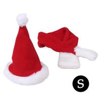 jolie robe de chien rouge achat en gros de-Mignon Santa Hat Écharpe Xmas Rouge Costume Costume Dress Up pour Animaux Chien Chats Décoration de Noël livraison gratuite