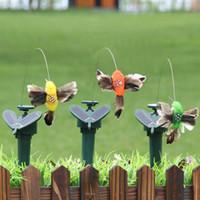 pájaros voladores juguetes al por mayor-Kids Designer Solar Energy Birds para Garden Yard Decoraciones Vibración Novedad Danza Fly Fluttering Hummingbird Toys 9lla C RZ
