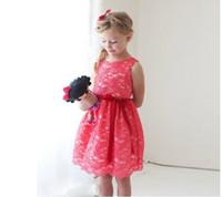 spitze-hochzeitskleid rotes band großhandel-Wassermelone Farbe Spitze Blumenmädchenkleider Für Hochzeit 2017 Eine Linie Sleeveless Red Ribbon Sash Knielangen Mädchen Festzug Prom Party Kleider