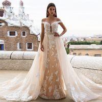 düğün beyaz dantel kılıf elbisesi toptan satış-Kapalı Omuz Işık Şampanya Tül Ve Beyaz Dantel Kılıf Gelinlik ile Ayrılabilir Uzun Etek Gelin Kıyafeti vestido casame