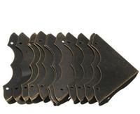 hardware antik großhandel-12 stücke Dekorative Antiken messing Schmuck Wein Geschenk Box Holz Ecke Schutzfolie Möbel Hardware