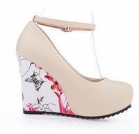Fashion Ankle Strap 2016 High Wedges Plataforma Bombas de Verano para las mujeres Casual Flower Print Wedges Plataforma zapatos mary jane