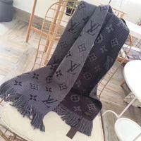 xale de envoltório de lã preta venda por atacado-Novo 2019 Moda Inverno LOGOMANIA SHINE Cachecol Luxo Mulheres e Homens Two Side Black Red Silk Wool Blankets Lenços e Xailes de Designer