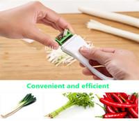 coupeurs d'oignons achat en gros de-Articles de cuisine pratique main coupe-fil coupe légumes oignon
