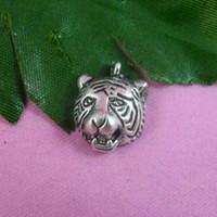 Wholesale Tiger Head Charms - DIY jewelry accessories alloy tebitan silver tiger head Charms bracelet jewelry pendant tiger head necklace pendant 18x13mm 100pcs lot