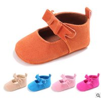 Wholesale Indoor Shoes For Toddlers - Newborn kids shoes baby girls BOWS buckles princess single shoes toddler shoes first wakler for girls soft bottom indoor shoe R0108