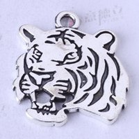 Wholesale Silver Tiger Necklaces - Tiger head Pendant DIY Jewelry fit Bracelets or Necklace Antique Silver bronze charms 100pcs lot 115z