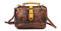 Wholesale Wholesale Vintage Accessories Factory - KISSUN Factory Women Shoulder Bag Doctor Bag Vintage Veg Tanned Leather Hinge Closure Luxury Fashion Women Accessory Wholesale