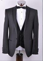 ingrosso vestito grigio del carbone di legna-Smoking in stile nuovo su misura Smoking grigio antracite Best man Peak Risvolto Groomsman Abiti da sposa uomo Bridegroom (Jacket + Pants + Vest)