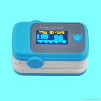 Wholesale PO10004A3 with Pulse Sound Audio Alarm OLED Fingertip oxymeter spo2 PR monitor Blood Oxygen Pulse Oximeter Freeshipping blue