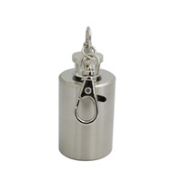 Wholesale 2016 OZ Stainless Steel Mini Flasks Oil Portable Cylinder Bottles Silver with Keychain